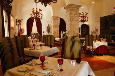 Estremoz_restaurant