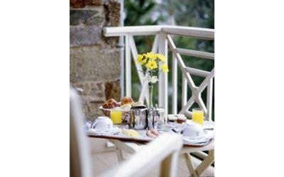 pousada-braganca-bedroom-balcony
