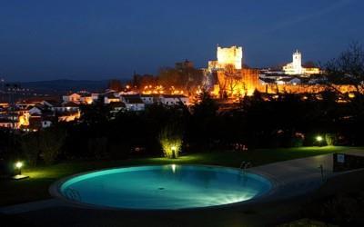 pousada-braganca-exterior-swimming-pool-night