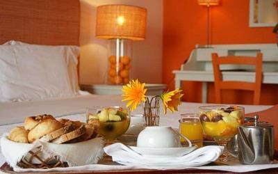 pousada-sagres-bedroom-room-service