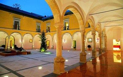 pousada-tavira-exterior-cloister