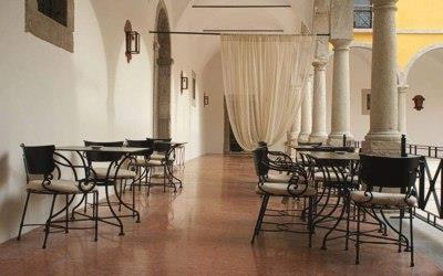 pousada-tavira-interior-sitting-area