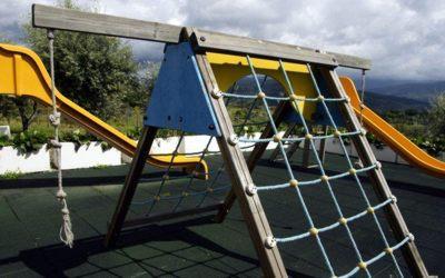 pousada-vila-pouca-da-beira-exterior-playground