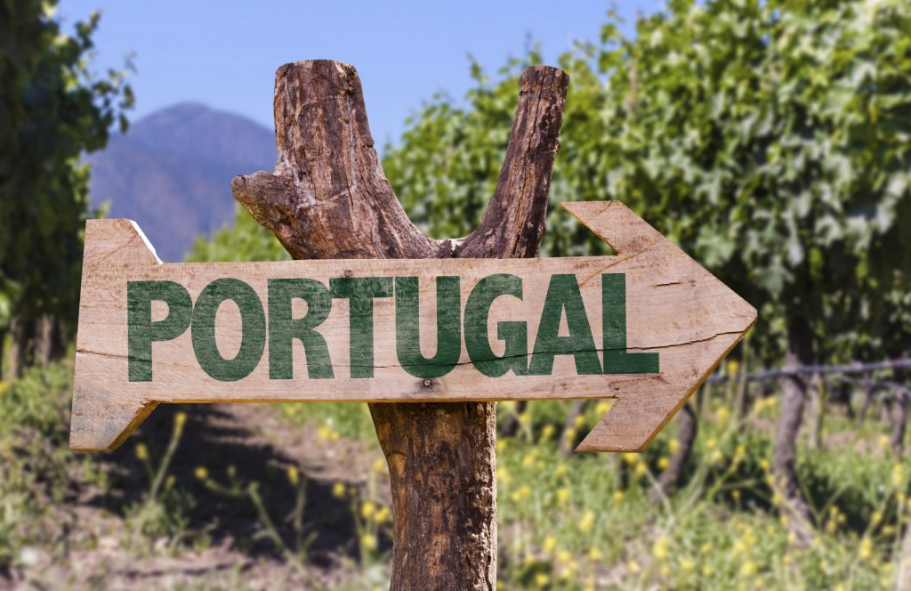 Portugal sign iStock_000071326231_Medium