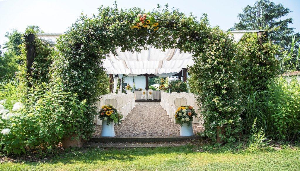 garden-wedding-pavillion-wedding